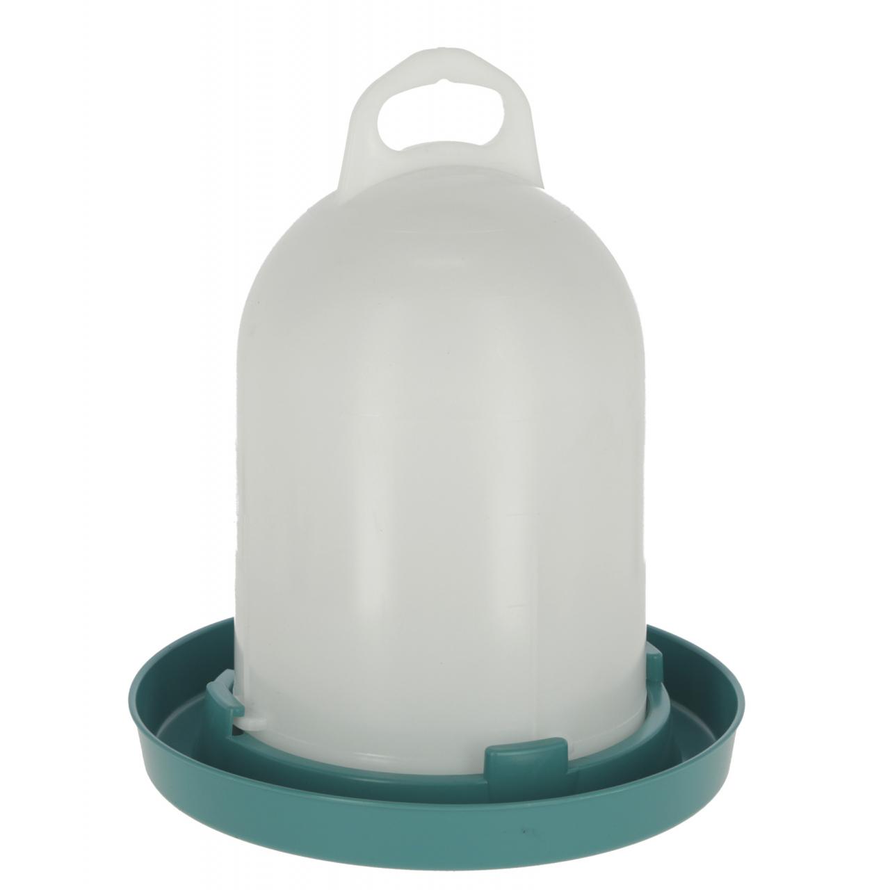 Műanyag itató, kék, 1,5 l